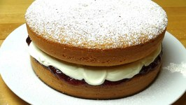Sponge Cake With Jam And Cream