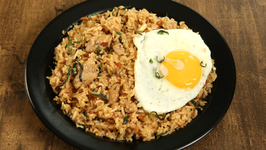 Spicy Thai Chicken Fried Rice / Hot Thai Fried Rice /Restaurant Thai Fried Rice Recipe by Tarika