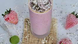 Strawberry, Coconut And Matcha Smoothie