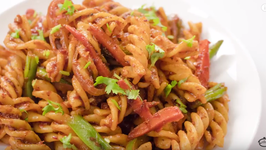Red Sauce Pasta / Indian Style Red Sauce Pasta / Kids Lunch Box Recipes