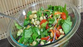 Satisfying Chickpea Salad