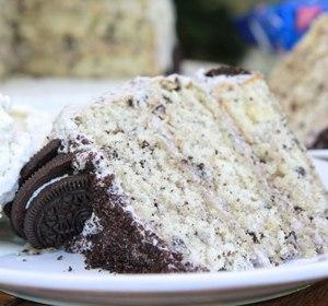 Homemade Cookies N Cream Cake W Oreo Buttercream Frosting Recipe
