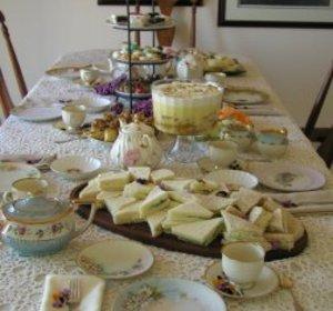 Table Setting For Afternoon Tea Host an English Style High Tea High ...