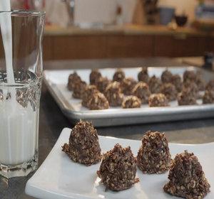 Best Chocolate Peanut Butter No Bake Cookies Recipe Video