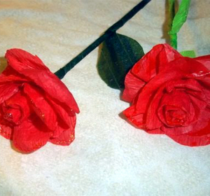 How to make crepe paper rosesflowers video by simplekidscrafts how to make crepe paper rosesflowers video by simplekidscrafts fawesome mightylinksfo