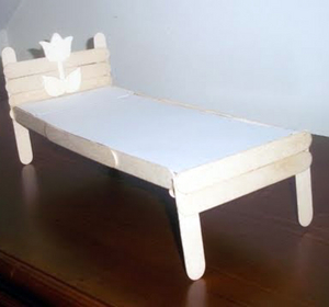 How To Make A Recycled Popsicle Stick Bed For Your Fashion Doll