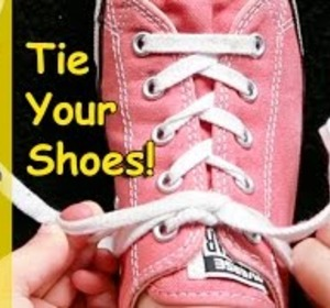 how to tie your shoe i can tie my shoe tying shoes learn how to tie shoes video by pattyshuklakidsmusic fawesometv