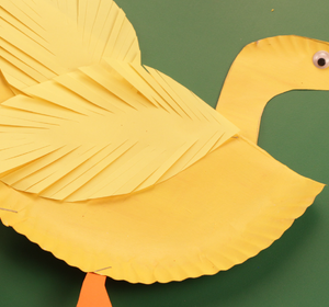 & Paper Plate Duck Video by Happy Crafts | fawesome.tv