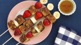 French Toast on a Stick - Creative Breakfast