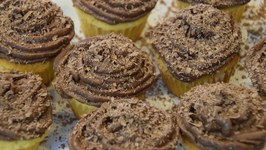 Homemade Chocolate Mascarpone Buttercream Frosting