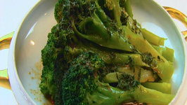 Betty's Broccoli With Piquant Lemon-Thyme Dressing -Christmas