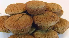 Betty's Applesauce Muffins -- Easter