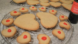 How to Bake Strawberry Balsamic Shortbread Cookies