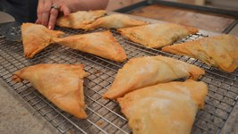 How To Bake Apple Phyllo Turnovers