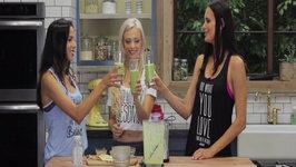 Katja Glieson's Vegan Summer Night Caramel Green Smoothie