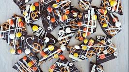 Dessert Recipe: Spooky Halloween Bark