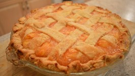 How to Bake Fresh Peach Pie