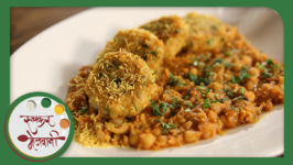Ragda Patties - Mumbai Street Food Chaat - Recipe By Archana In Marathi - Easy Homemade