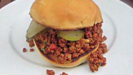 How to grill a Sloppy-Joe on the Weber Go Anywhere Grill - English Grill and BBQ