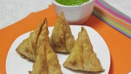 Classic Aloo Matar Samosa - Potato Peas Samosa