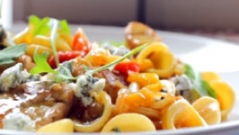 Orecchiette with Chicken, Roasted Peppers and Gorgonzola recipe