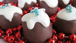 Christmas Marshmallow Puddings