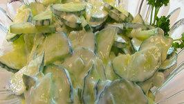 Betty's Creamy Cucumber Salad