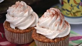 Easy to Make Caramel Apple Cupcakes