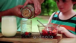Fruit and Granola Parfait Recipe