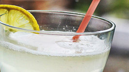 How to make Lemonade - Just 3 Ingredients and Homemade