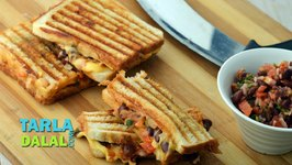 Rajma and Cheese Grilled Sandwich