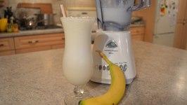 How To Make Quick Banana Milkshakes