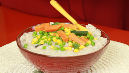 How to Make Sticky Rice Porridge with Chicken, Mushrooms and Vegetables