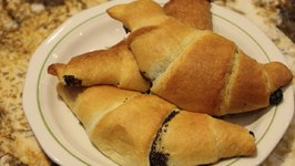 Poppy Seed Crescent Rolls