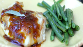 Apricot-Sage Chicken Breast and Steamed Green Beans