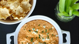 Ligtened Up Buffalo Chicken Dip