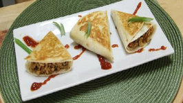 Chilli Paneer Triangles