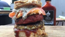 German Dumpling Burger - Youtube Burger Challenge- English Grill And BBQ