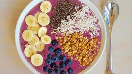 Breakfast Recipe: Blueberry Breakfast Smoothie Bowl