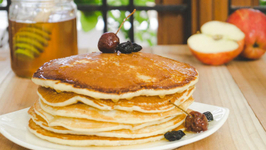 Eggless Pancakes Recipe - Stir it Up Quick