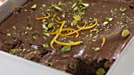 Chocolate Brownies with Orange and Pistachio - Easy Recipe