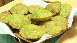 Tuvar ni Puri or Poori Video Fried Pigeon Peas Bread