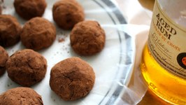 Easy No-Bake Oreo Rum Balls