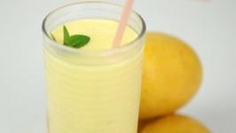 Mango Lassi - Healthy Mango Smoothie