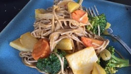 Quick Veg Curry Noodles  Easy Lunch Ideas