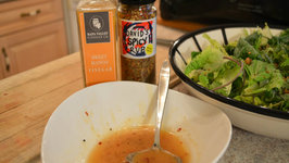 How to Make Napa Valley Sweet & Spicy Mango Vinaigrette