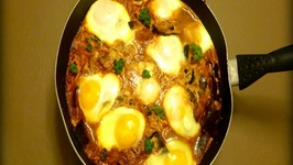 Algerian And Tunisia Shakshuka With Eggplant