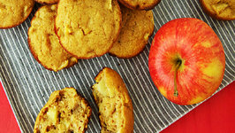 Apple Applesauce Muffins - Healthier Sweet Treats