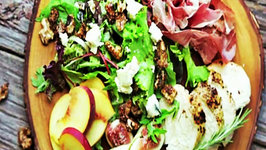 Fig and Peach Salad with Prosciutto and Balsamic Vinaigrette