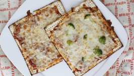 Matzah Pizzas - Easy Pizza Night Recipe